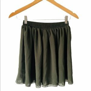 Chiffon Women's Mini Skirt  Navy Green Size Medium